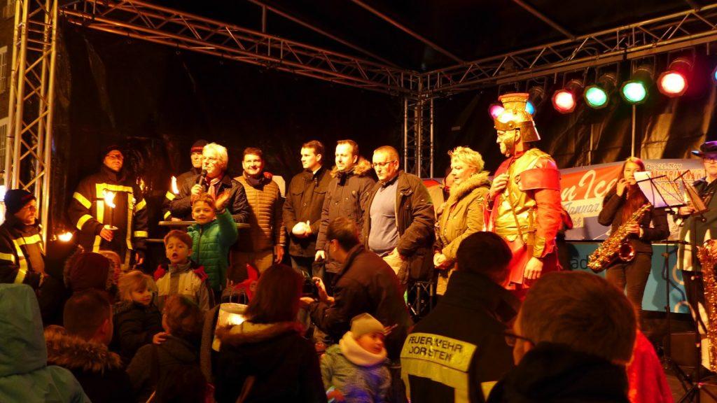 St. Martin mit Dorstener Prominenz auf der Bühne